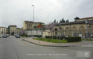 FOTOINSERIMENTO_Firenze_fermata_bus_1_att