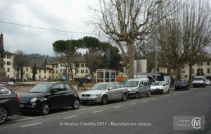 FOTOINSERIMENTO_Lucca_fermata_bus_1_att